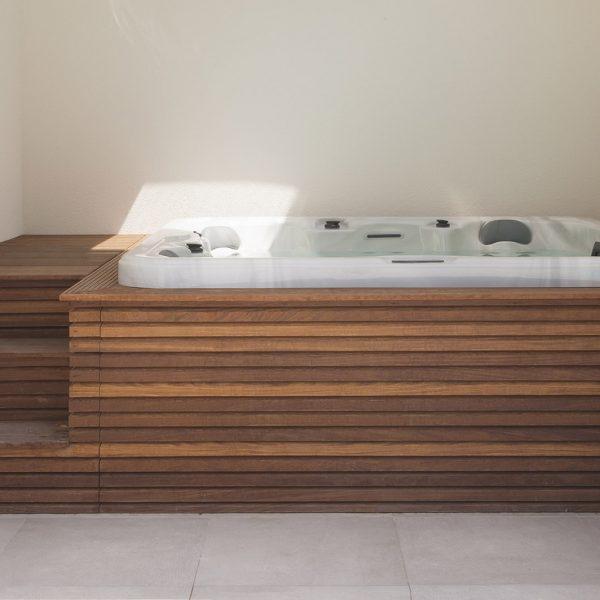 Sauna & jacuzzi - VDP Landscaping & Pools